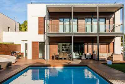 Villa with a modern design in Terramar